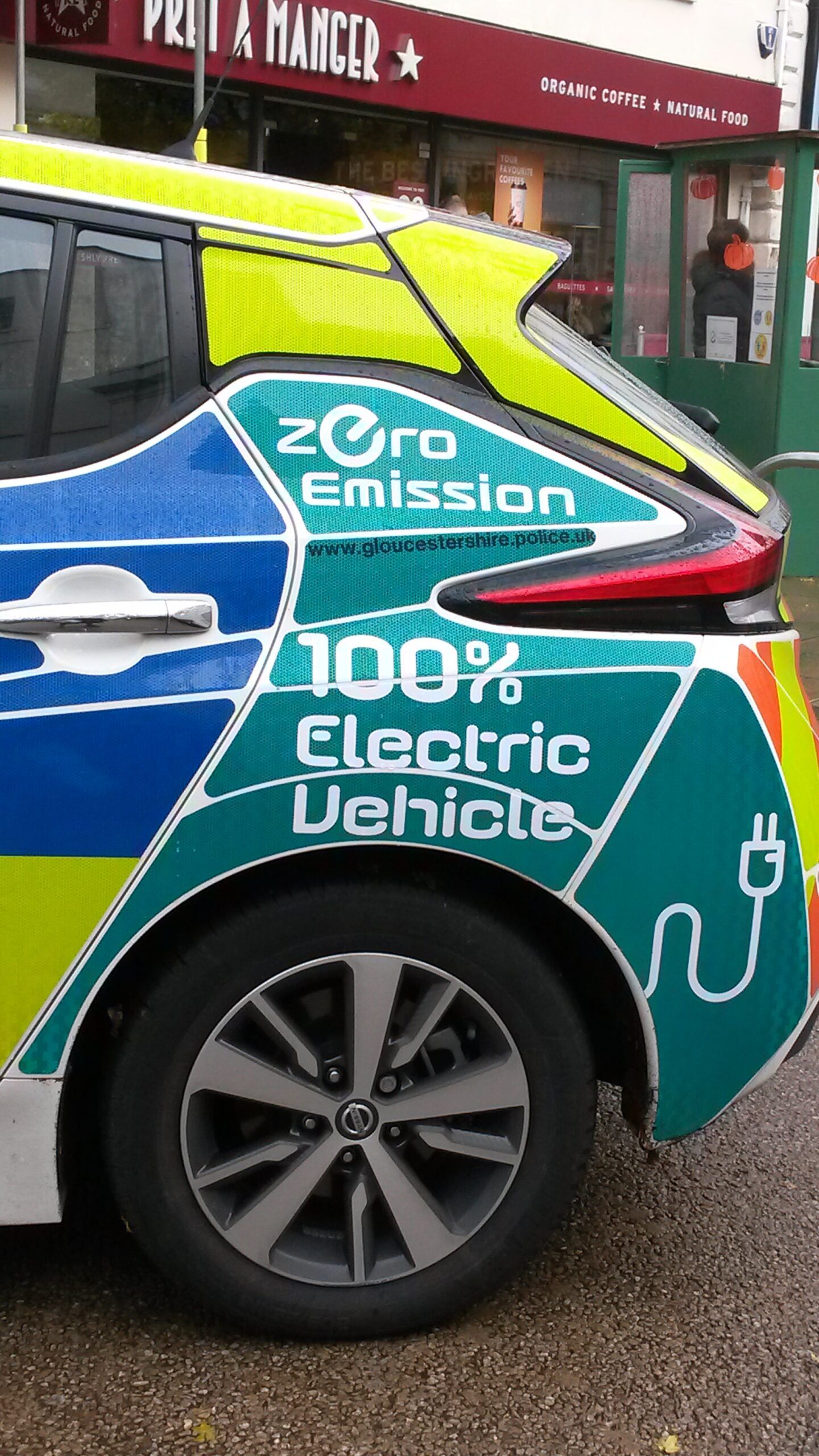 Cheltenham police car using electric cars